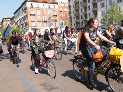 luisa grassi bike strike for future15